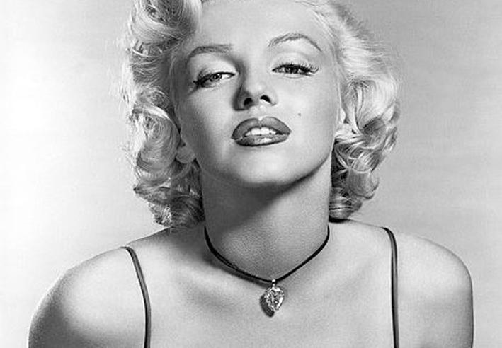 Marilyns Diamant, Saphire von Kaschmir