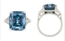 Fancy Vivid Blue Diamond Ring di 8,08 carati da Bulgari