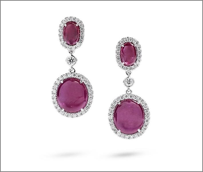 Hartmann, orecchini con rubini della Groenlandia e diamanti