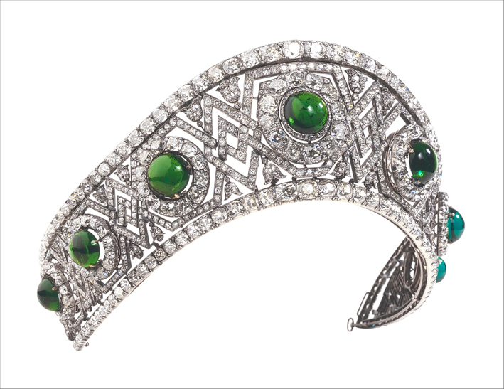 Queen Maria of Serbia's tiara. Van Cleef and Arpels, 1949 White gold, silver, diamonds, fake emerald (glass)