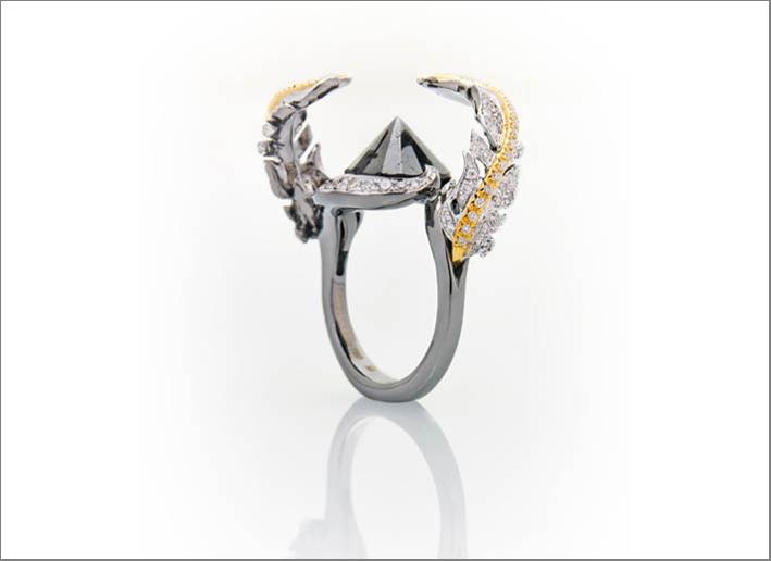 Anello in oro bianco rodiato e diamante nero