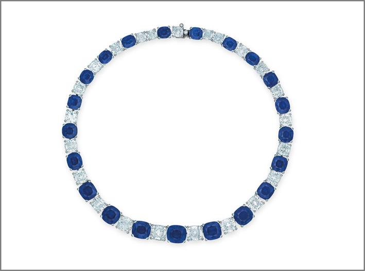 Collana con 21 zaffiri e diamanti