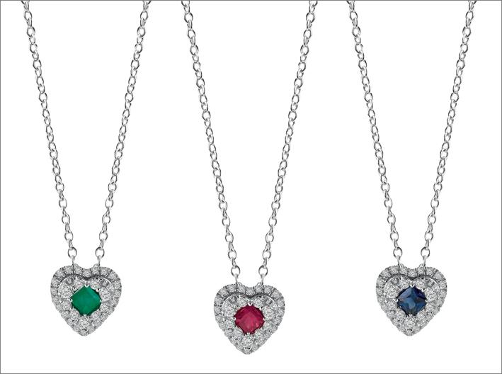 Collane in oro bianco con diamanti e smeraldo, rubino e zaffiri
