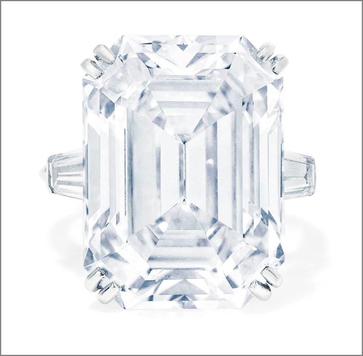 Anello con diamante a taglio rettangolare di 20,50 carati, taglio baguette,