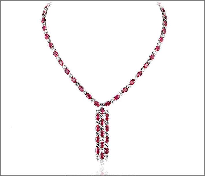 Collana con diamanti e rubini