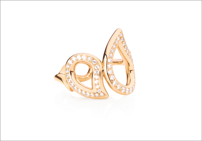 Collezione Signature, orecchini in oro rosa e diamanti