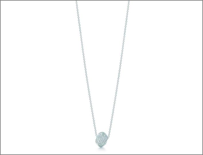 Il più economico: Nodo, in argento, 170 euro