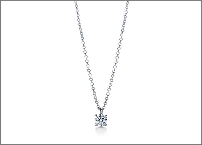 Pendente con diamante solitario, Tiffany: 1700 euro