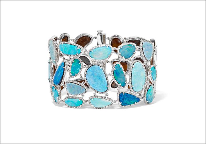 Bracciale in oro bianco, opale e diamanti