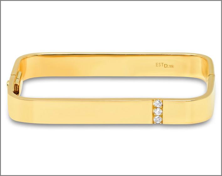 Bracciale quadrato in oro e diamanti. Costa oltre 10.000 dollari