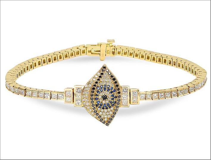 Bracciale contro il malocchio in oro e diamanti blu. Costa 18.000 dollari