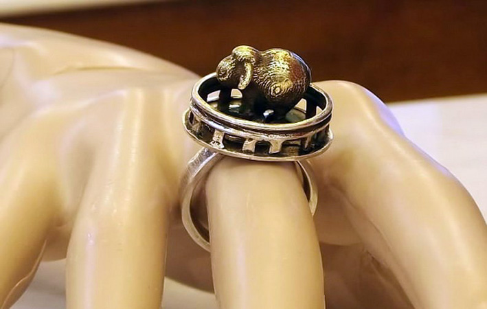 Handmade in Corfu, anello con pecora