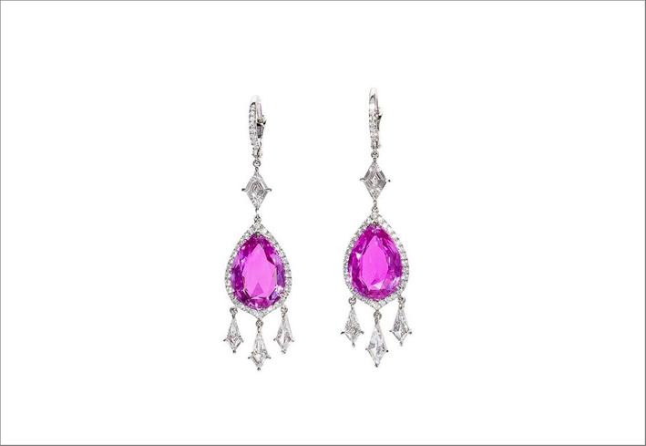 Orecchini con diamanti e zaffiri rosa