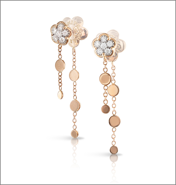 Orecchini pendenti in oro rosa e diamanti