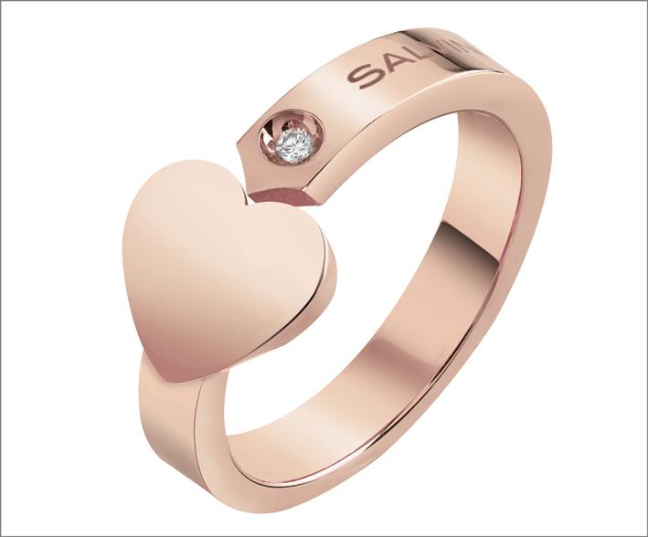 Anello in oro in oro rosa con segno a forma di cuore e  dettaglio in diamante
