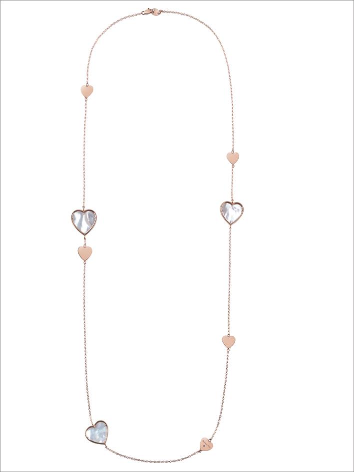 Collier in oro rosa con madreperla e dettaglio in diamante