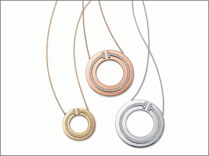 Pendenti in oro giallo, oro rosa e oro bianco, con diamanti della collezione Tiffany T