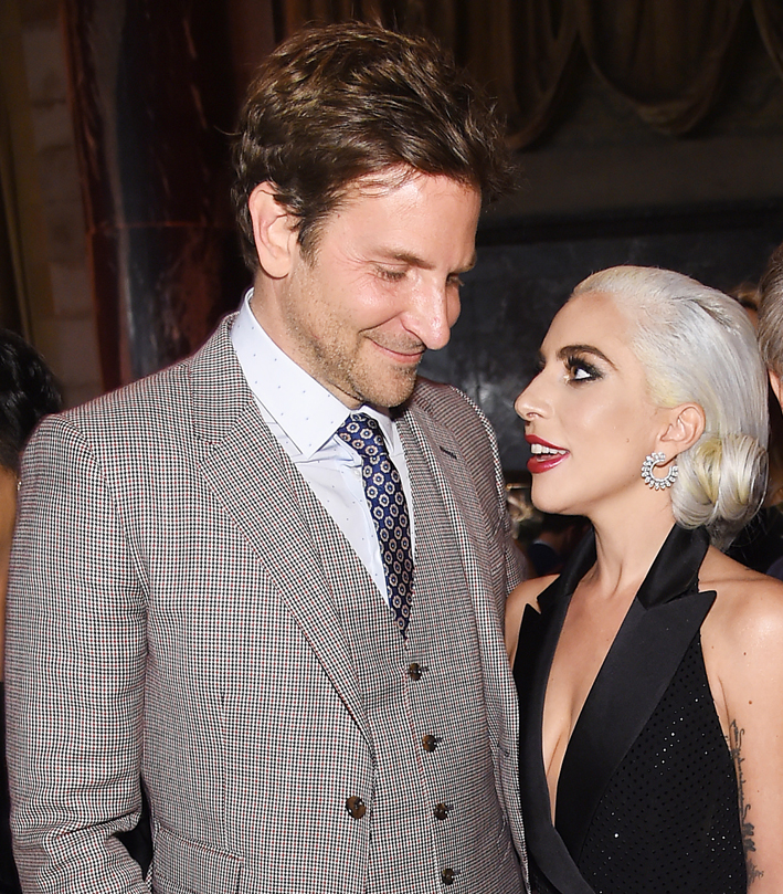 Lady Gaga con l'attore, regista e produttore Bradley Cooper