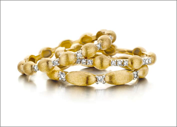 Anelli in oro giallo e diamanti di Nanis