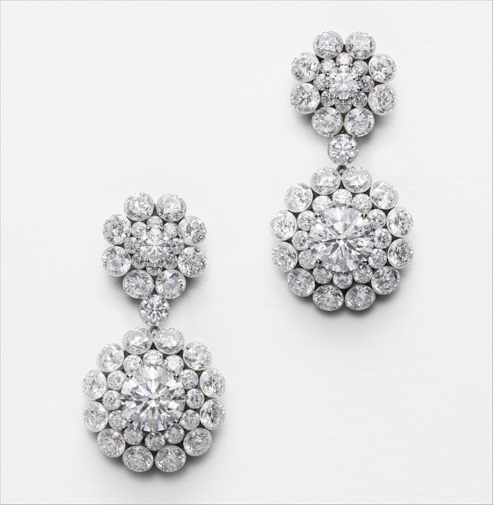 Orecchini in oro bianco e diamanti Magical Setting