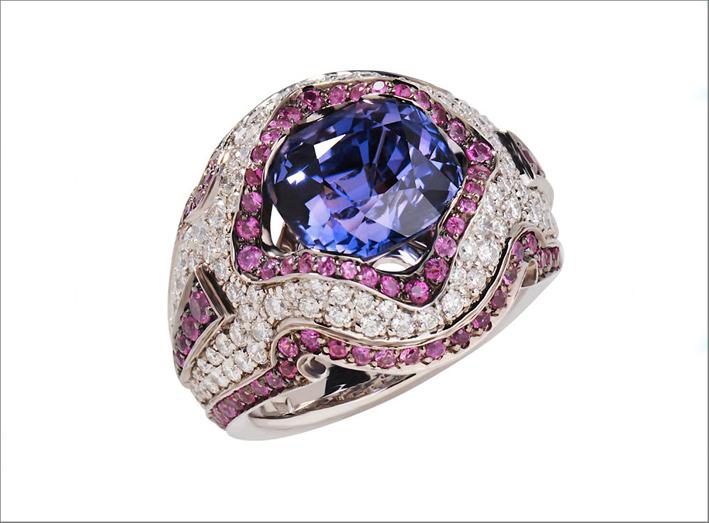 Anello in oro bianco, zaffiri viola, diamanti