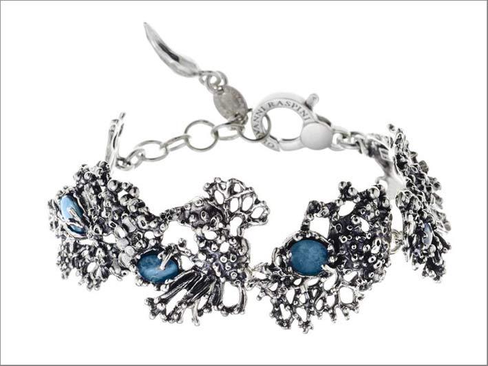 Bracciale in argento, opali, cristallo di rocca