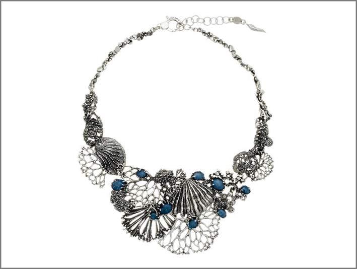Collana in argento, opali, cristallo di rocca della collezione Nautilus