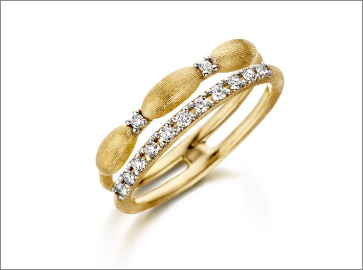 Anello doppio in oro giallo e diamanti