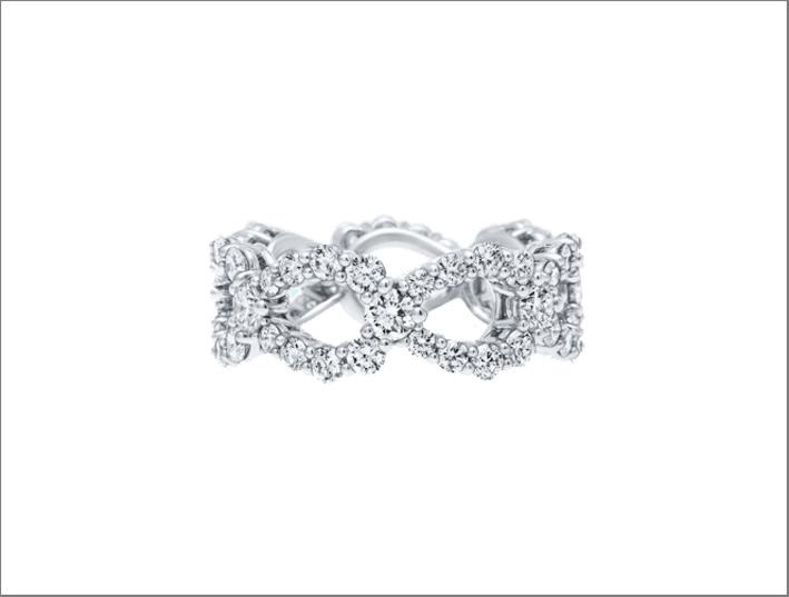 Anello con diamanti della collezione Loop