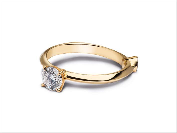 Anello di fidanzamento Venus in oro giallo e diamante sintetico taglio brillante