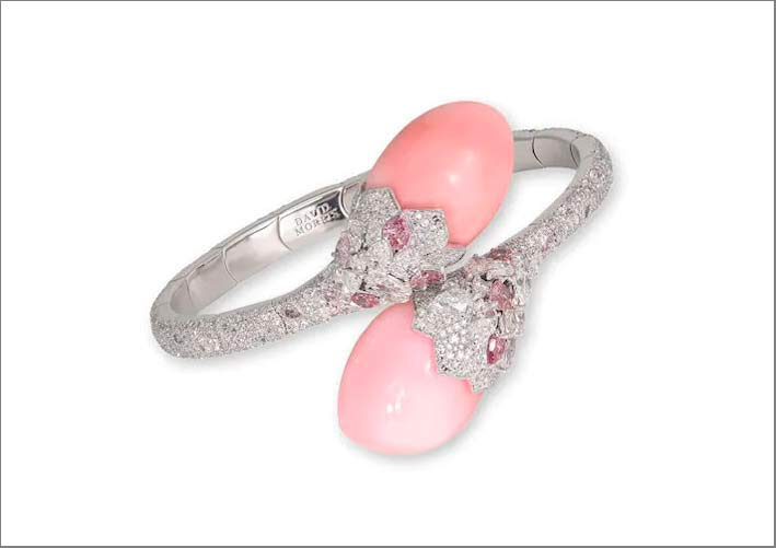 David Morris, conch pearl diamond bracelet