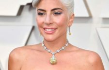 Lady Gaga con il Tiffany Diamond