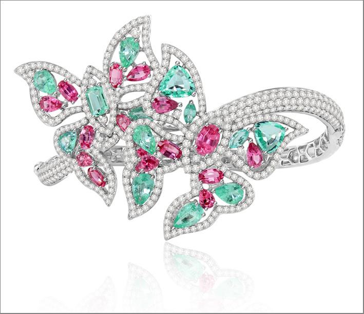 Orecchini in oro bianco 18 carati, diamanti, tormalina paraiba e spinello