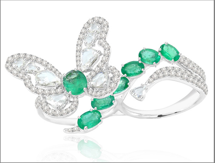Sutra Double Finger Emerald Buttery Ring,   3 cts diamonds, 4 cts emeralds 18K white gold