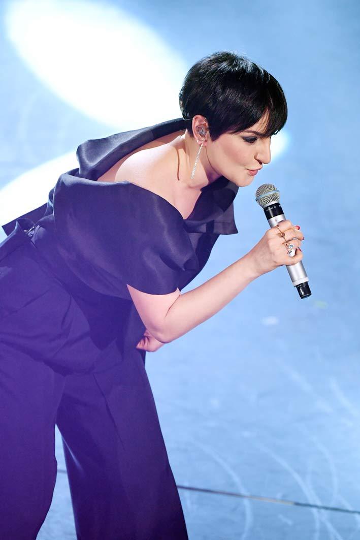 Arisa sul palco di Sanremo