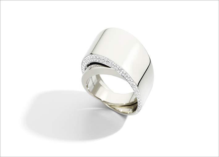 Anello Tourbillon in oro bianco e diamanti