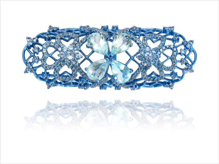 Anello della collezione Marie Antoinette Dark Side. Titanio blu, acquamarina, zaffiri, quarzo capelvenere