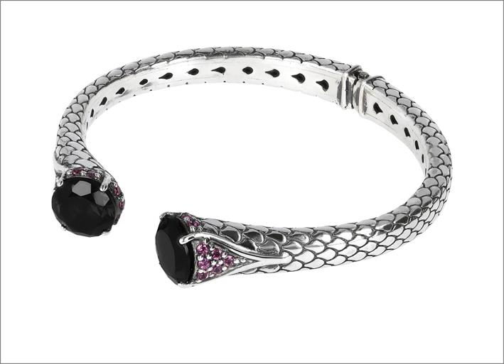 Bracciale rigido in argento e spinelli neri