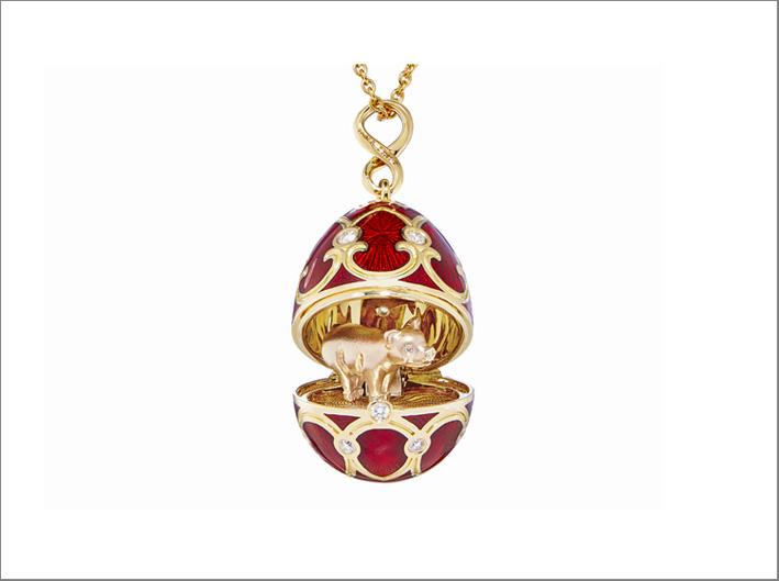 L'anno del maiale celebrato da Fabergé