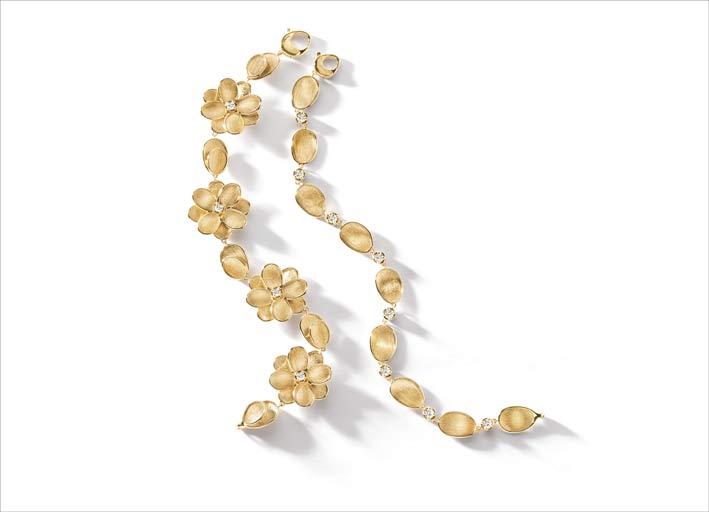 Collana della collezione Lunaria Petali