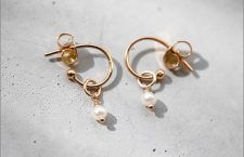 Orecchini Dew in oro rosa e perle naturali