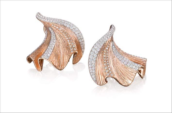 Collezione Imperium, orecchini in oro rosa e diamanti bianchi e brown