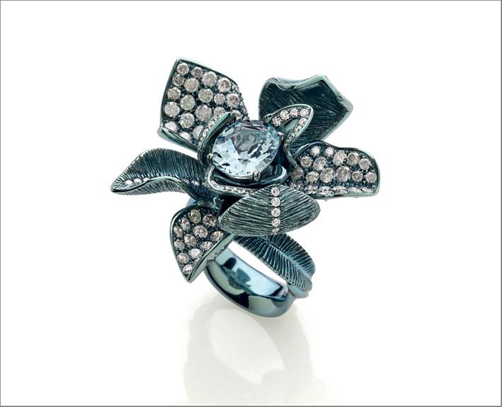 Anello in titanio, diamanti, acquamarina