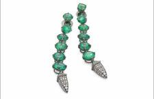 Collezione Extraordinaire, orecchini con smeraldi e diamanti