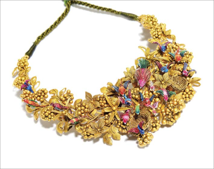 Bird Paradise, choker in oro 22 carati e smalti colorati