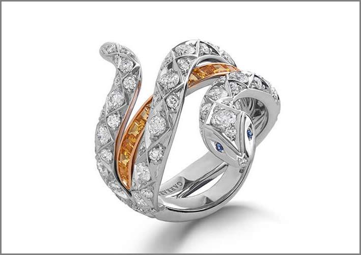 Collezione Muse, linea Signature, anello in oro bianco, diamanti, zaffiri gialli