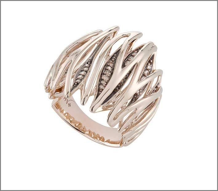 H. Stern, anello in oro bianco e diamanti
