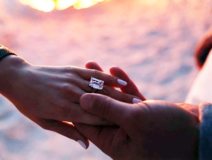L'anello con diamante di Jennifer Lopez