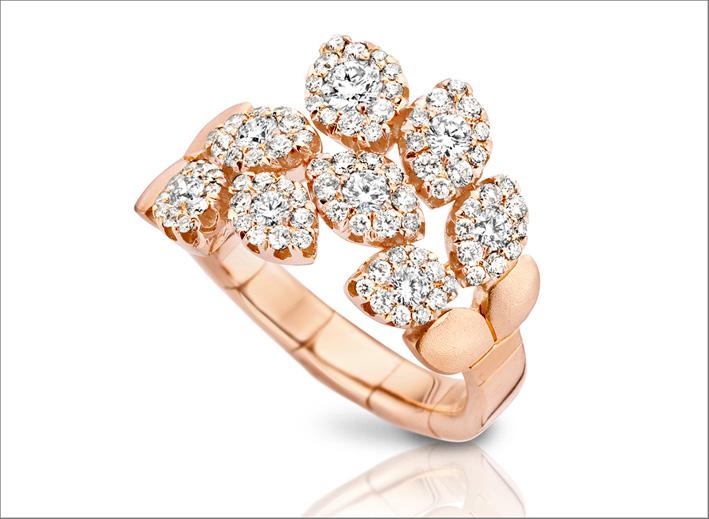 Anello della collezione Diamond Passion in oro rosa e diamanti