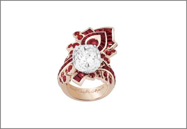 Anello in oro rosa, rubini, diamante